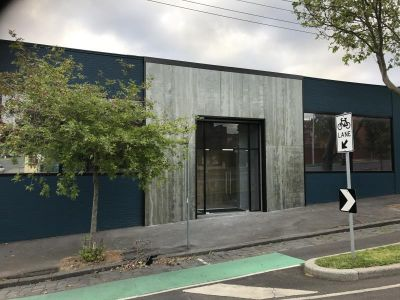 Standalone Converted Warehouse in West Melbourne!