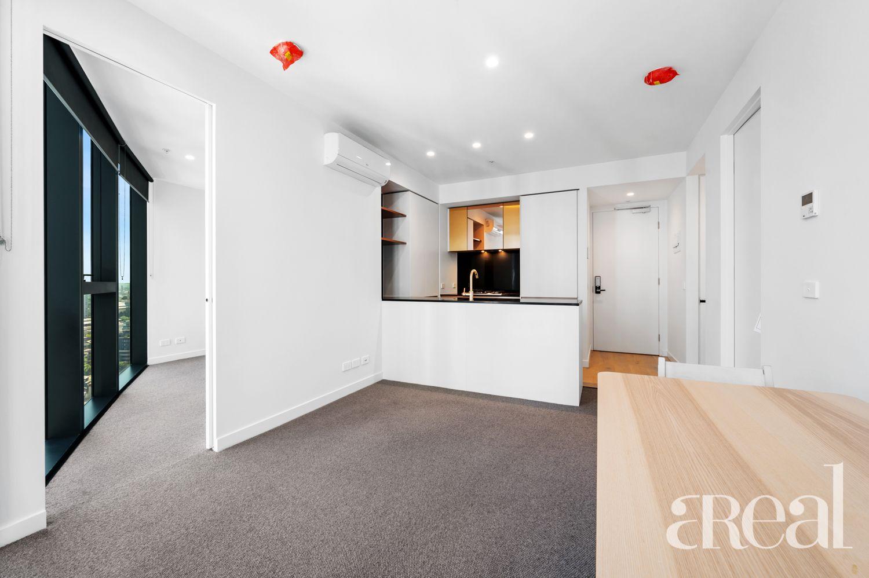 2902/228 La Trobe Street, Melbourne VIC 3000