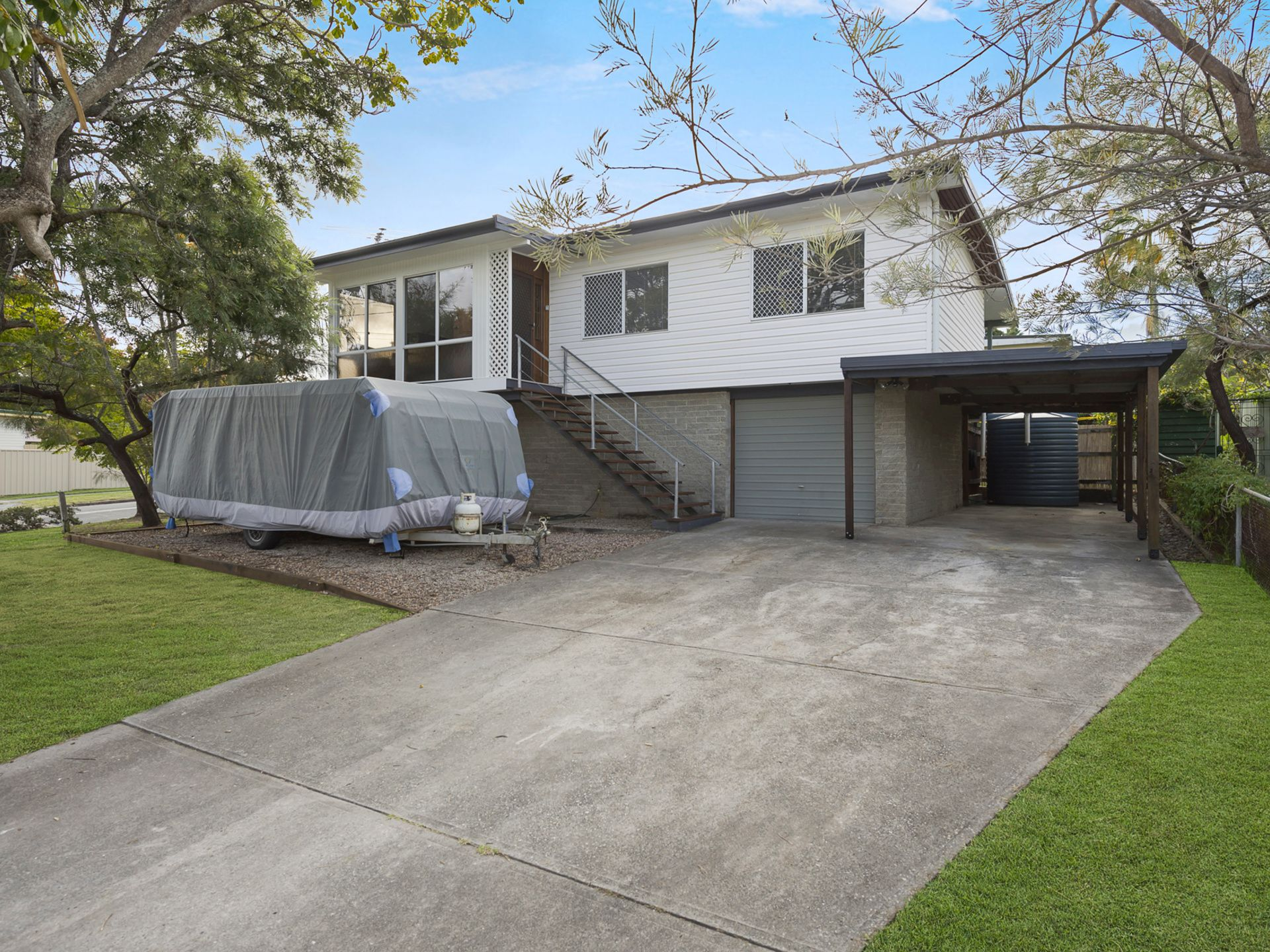 102 QUEENS ROAD, Slacks Creek