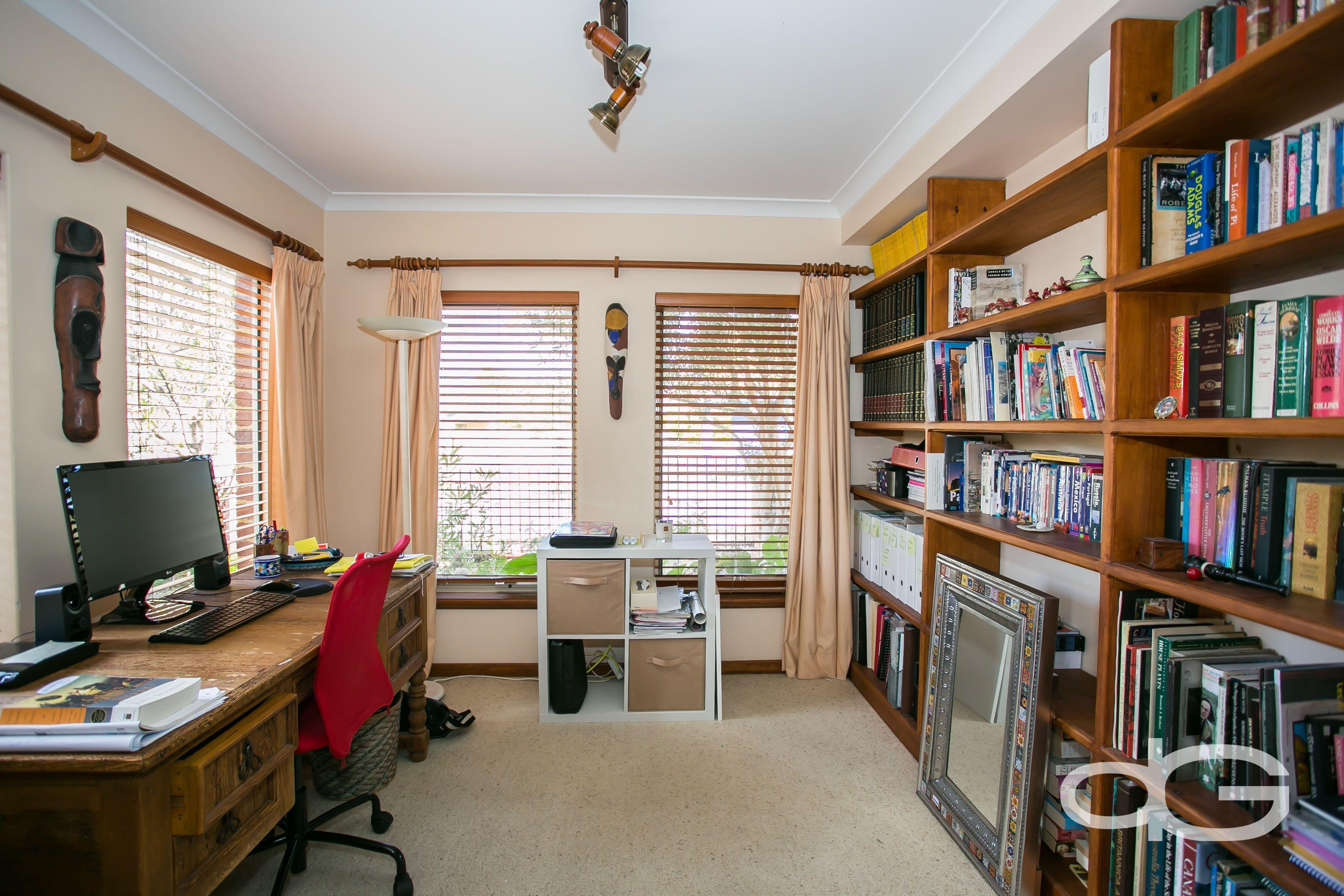 12 Bay Patch Street, East Fremantle