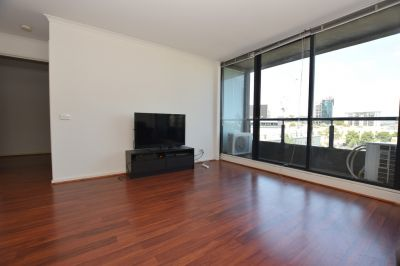 Spacious Two Bedroom Apartment + Study with Floorboards Throughout!