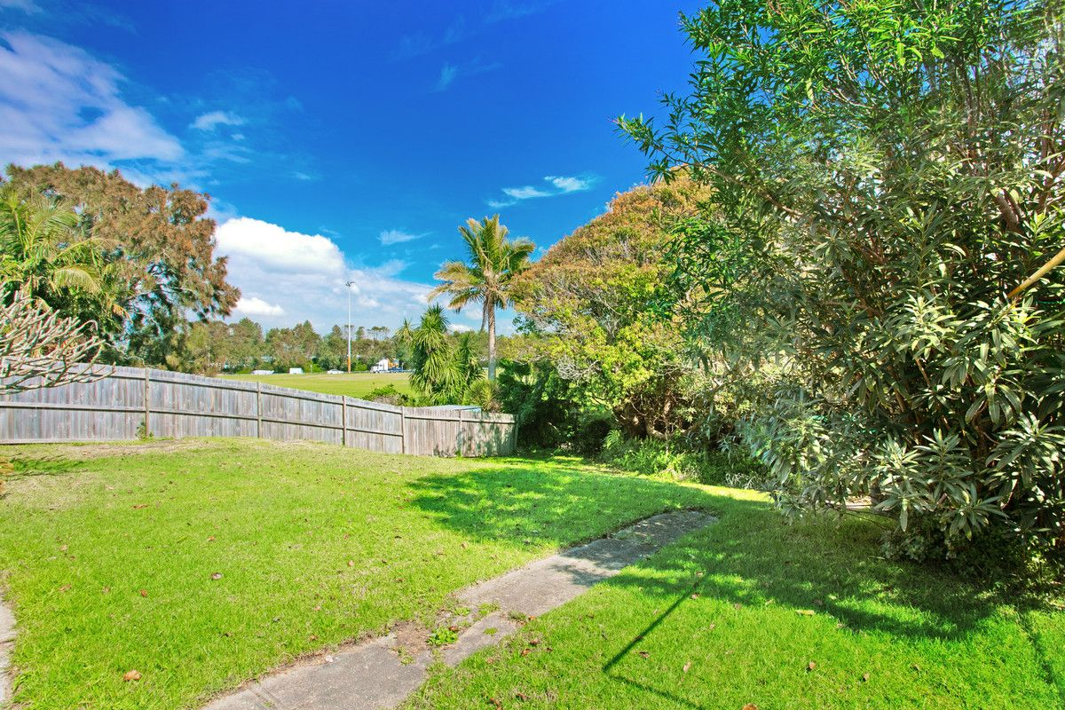 4 Sydney Road Warriewood 2102