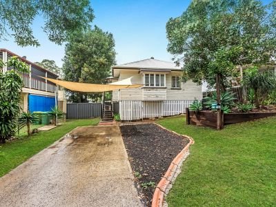 RENOVATED POST WAR HOME WITH LOADS OF CHARACTER & CHARM!