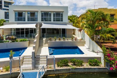 Price Drop! Quality, 38sq North Facing Waterfront Villa!