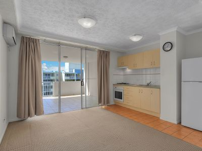 6th FLOOR 1 BEDROOM WITH HUGE BALCONY (White goods included)