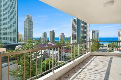 Stunning 3 Bedroom Apartment with Ocean Views