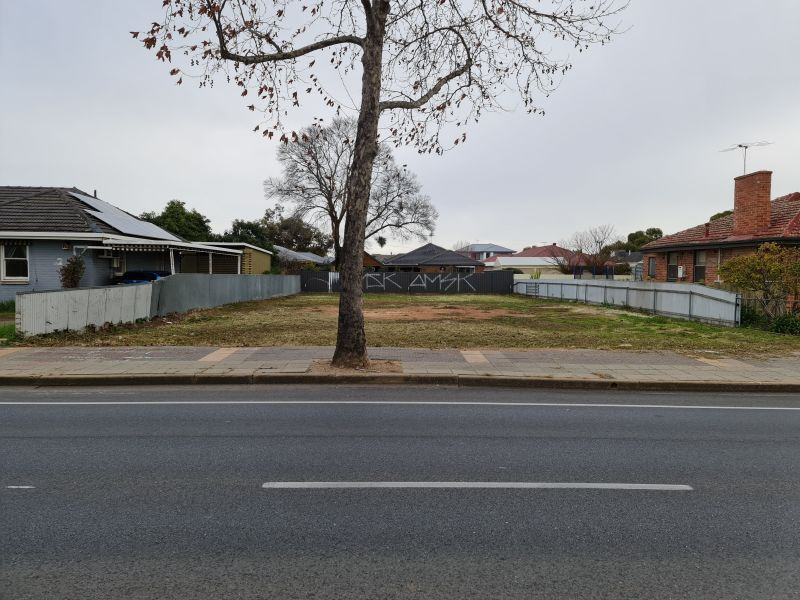 For Sale By Owner: 142 Hampstead Road, Broadview, SA 5083