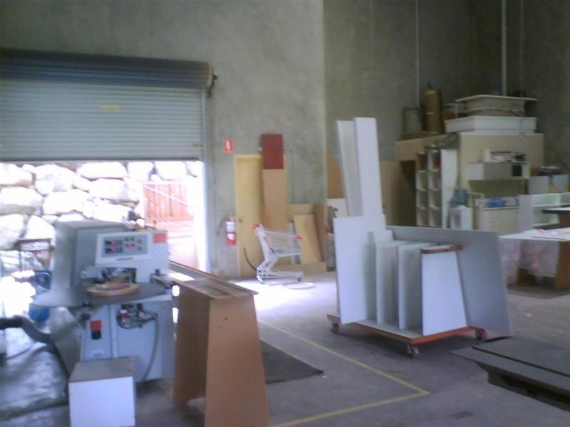 Industrial warehoue with hardstand