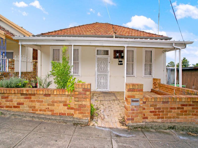 2 Bayley Street, Marrickville