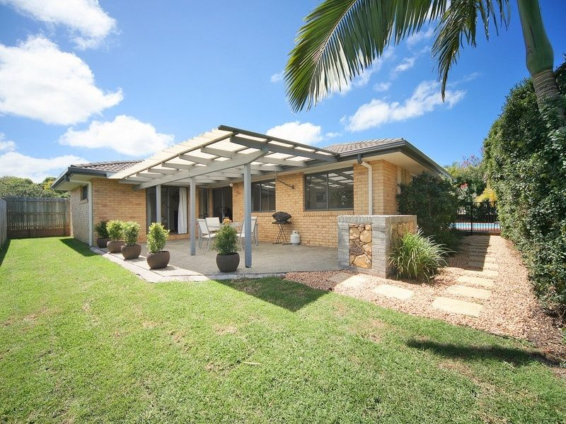 19 Comet Drive, Sunrise Beach QLD 4567