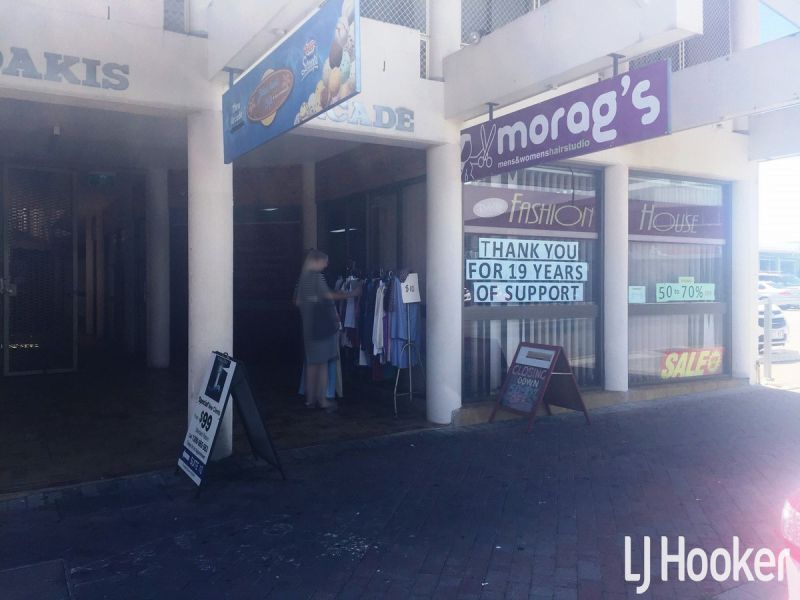 Cheap Retail Space Off The Redcliffe Parade!
