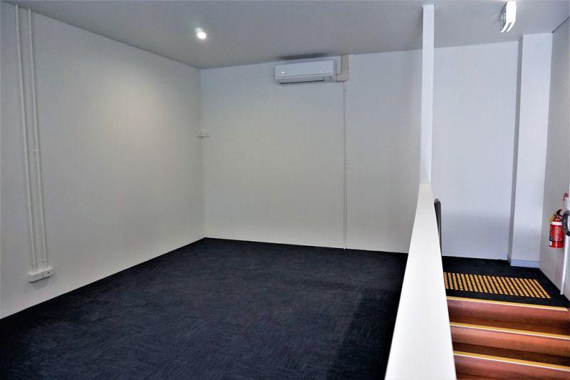 BRAND NEW 95sqm* OFFICE/ WAREHOUSE