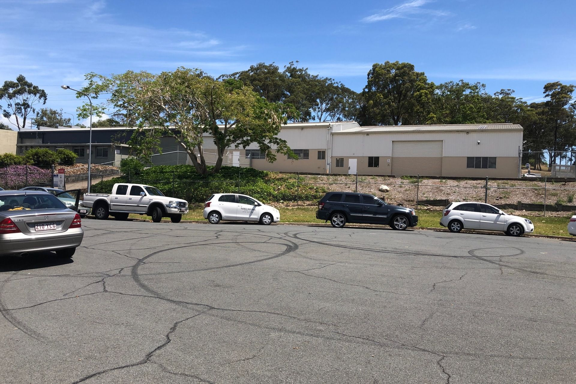 FOR SALE OR LEASE - WAREHOUSE IN ASHMORE