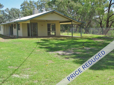 Make that Dream Come True! Darling River Frontage.