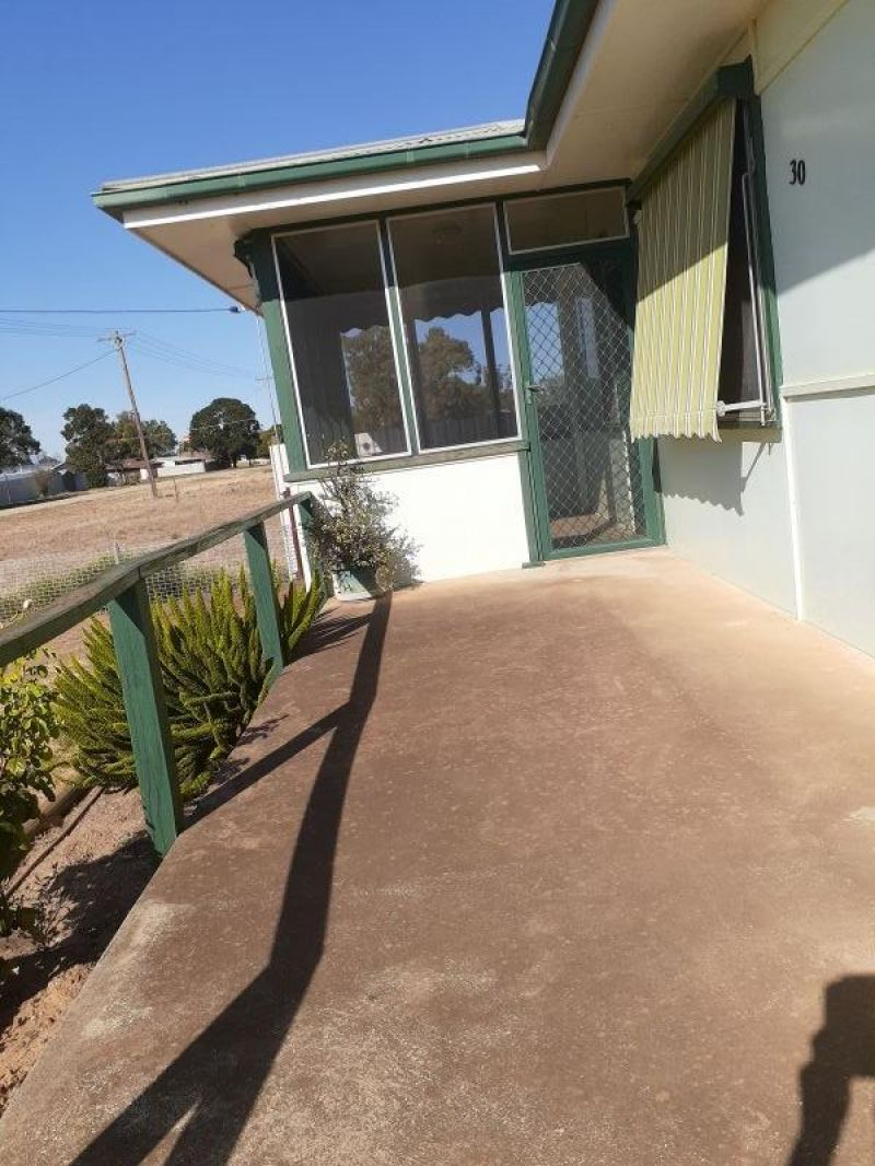 For Sale By Owner: 30 La Perouse Street, Wakool, NSW 2710