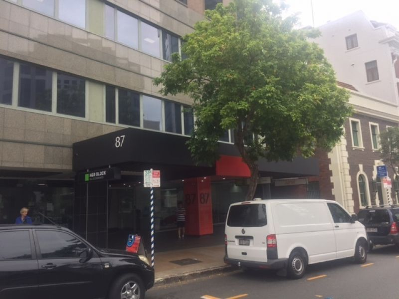 Large Office Convenient Location CBD Fringe