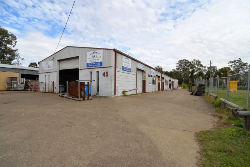 250sqm Warehouse With Lockable Yard Area