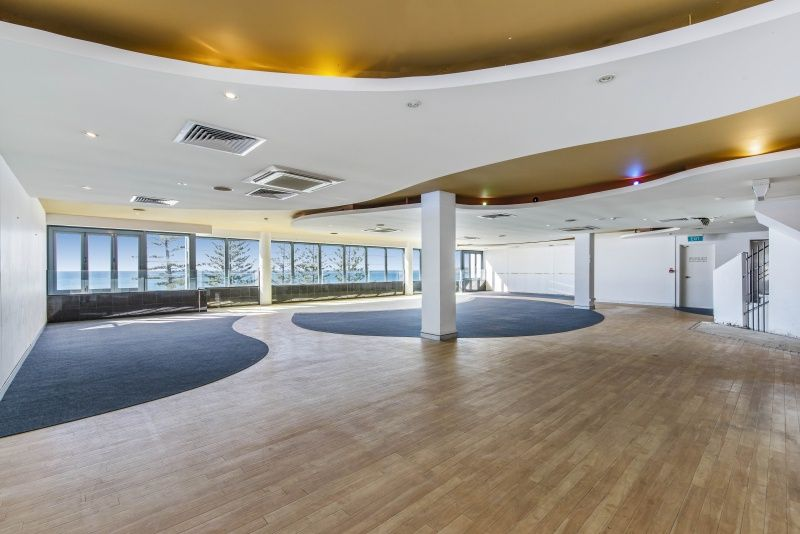 Spoil Your Staff - Penthouse Office With Sweeping Views And Massive Incentives