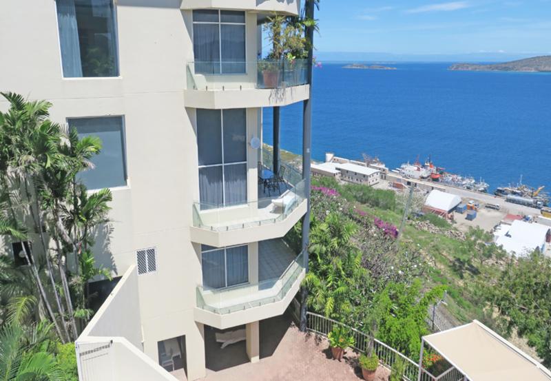 Delight Yourself In Luxury & Splendid Harbour Views
