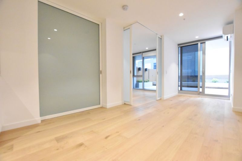 The Fifth - Upper West Side: Stunning New Two Bedroom Apartment with Spacious Balcony in the CBD!