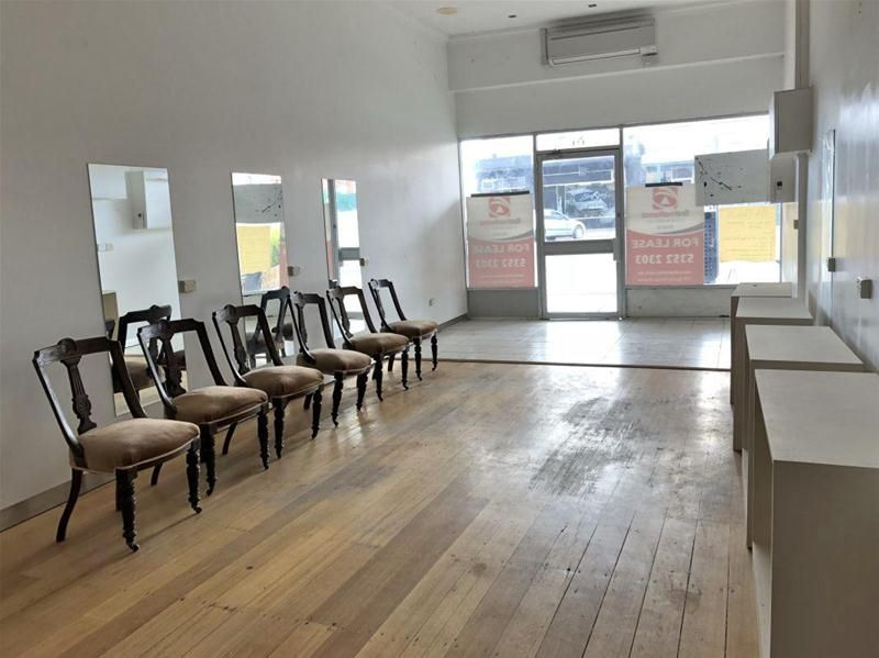 Commercial Retail Shop or Office  Great Central Location