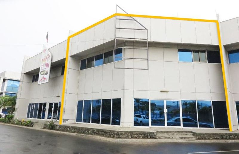 Showroom, Office, Warehouse - Versatile & Central Location