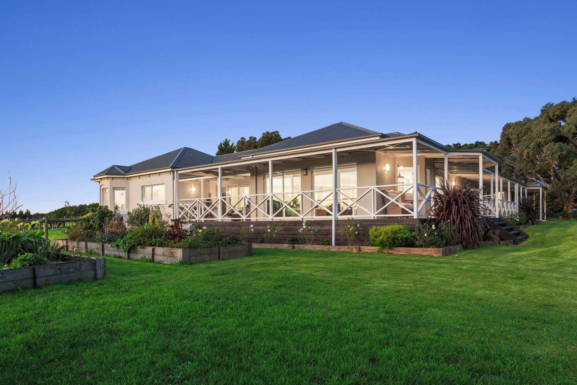 235 Whitcombes Road, Drysdale VIC 3222