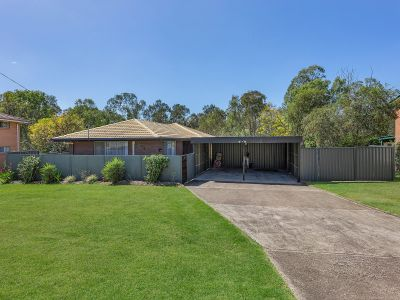 GREAT FAMILY HOME ON HUGE 1404M2 BLOCK WITH SIDE ACCESS
