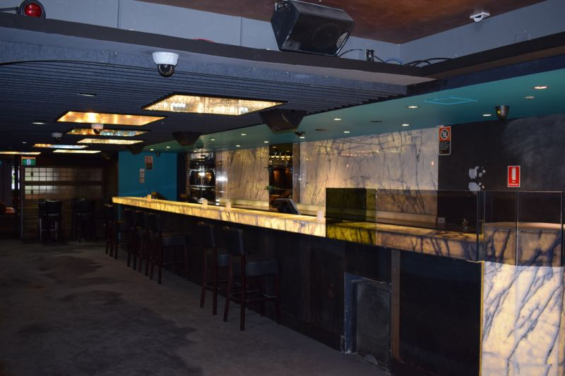 Fully Fitted Restaurant / Bar with 24 Hour License