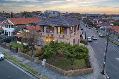 Double brick family haven in prime location with park and city views