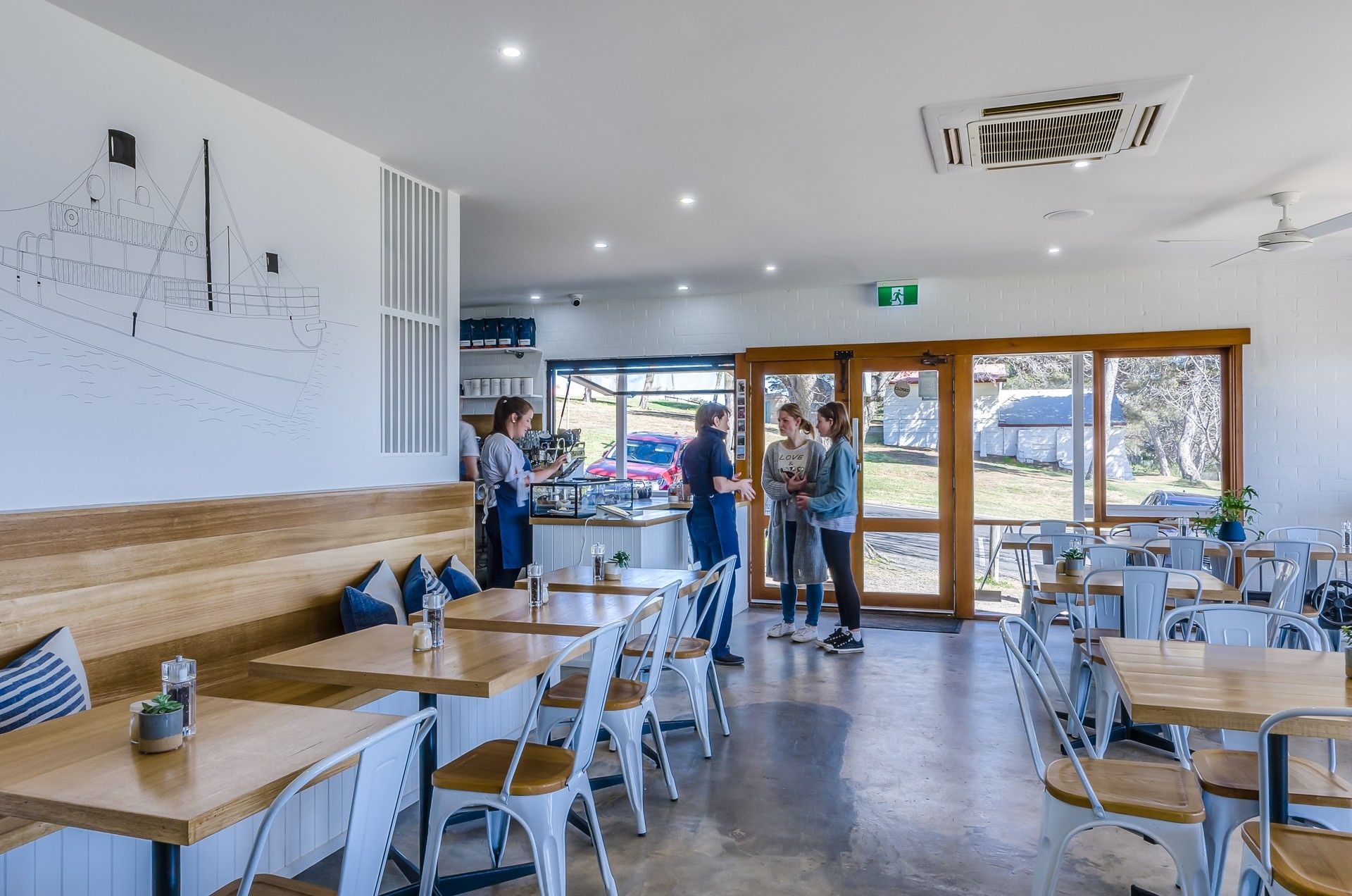 Highly successful cafe is up for sale!