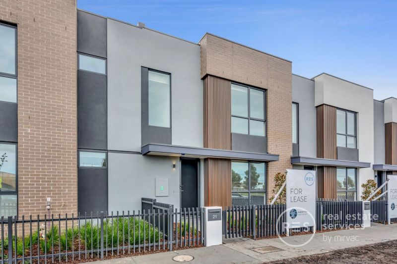 $400pw- Brand new 3 bedrooms home in Woodlea Estate