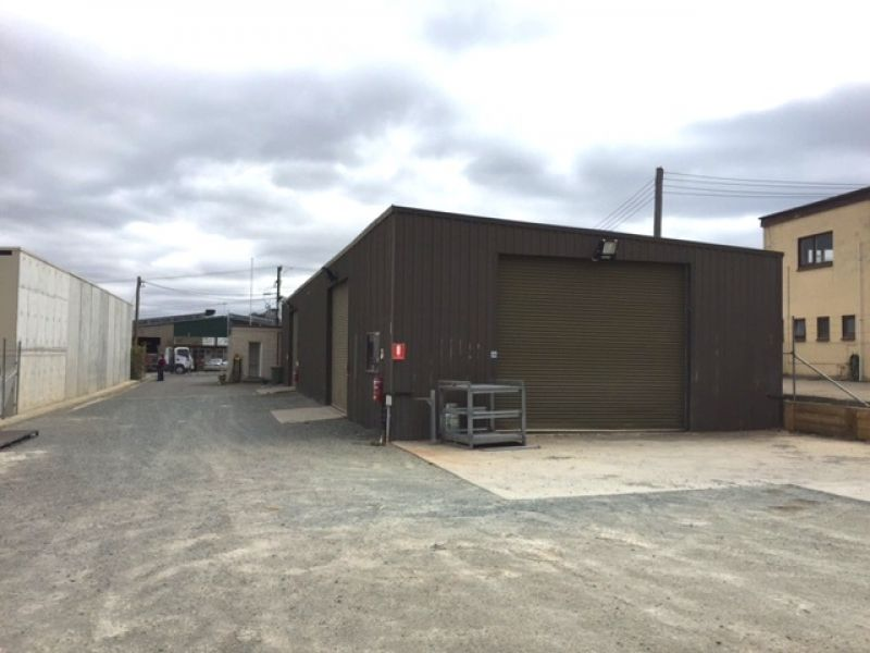 Warehouse/ Workshop and Large Yard