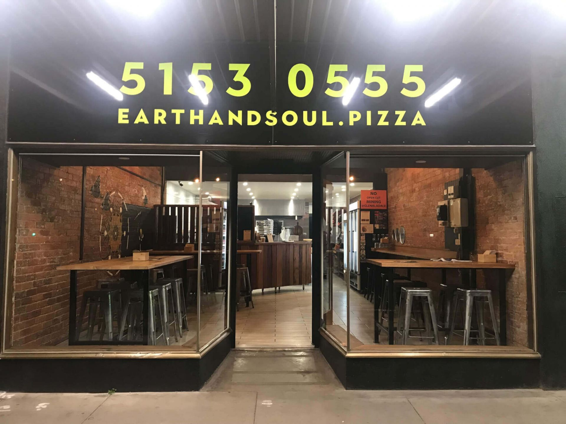 Ultimate cash-cow: pizza & pasta takeaway