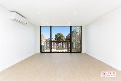 Stunning Two Bedroom Split Level  Apartment