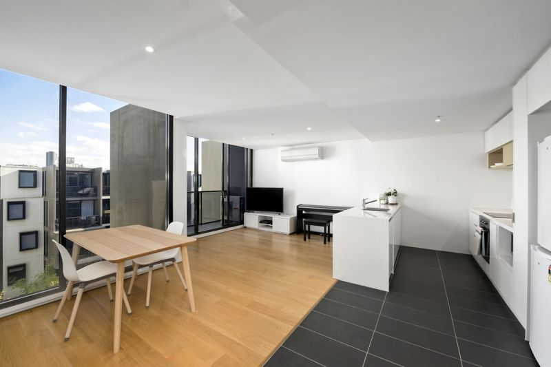 Spacious Apartment in the Heart of Hawthorn