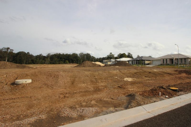 Level blocks with bush outlook - Timbertown Estate in Wauchope