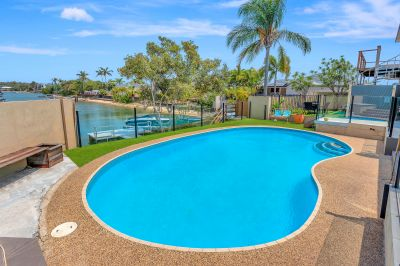 30.6m Frontage - Dual Living - On Water