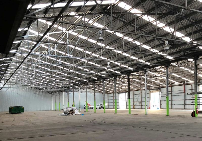 1,609sqm* OFFICE/ WAREHOUSE ON 9,800sqm* SITE
