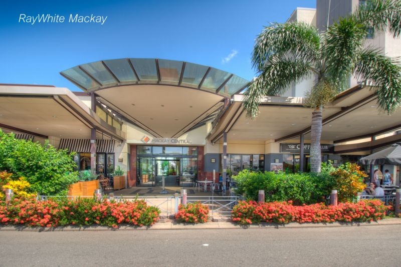 GREAT LOCATION - MACKAY CENTRAL