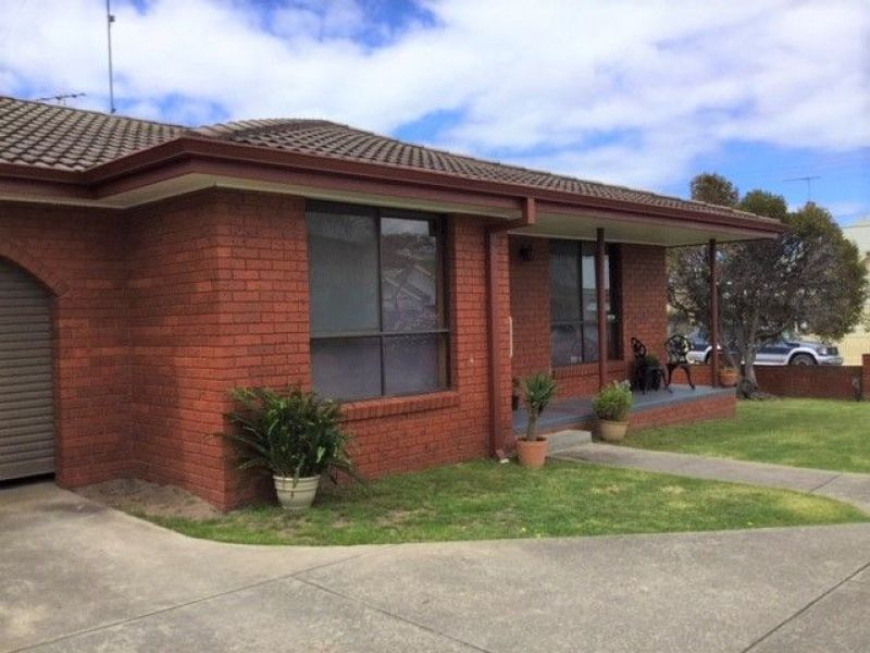 Private Rentals: Geelong West, VIC 3218