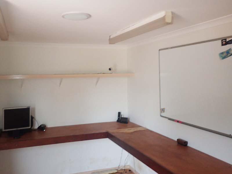 Affordably Priced Workshop, Office & Residence
