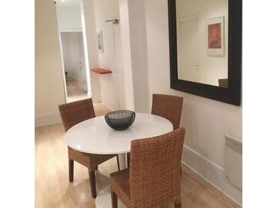 Large historic renovated 2 bed