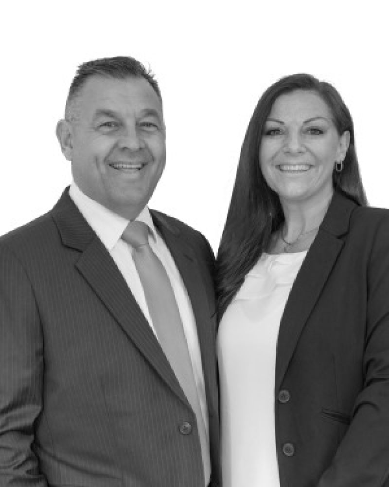 Lou and Leeanne Rinnovasi Real Estate Agent