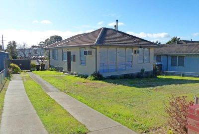 THREE BEDROOM HOME IN PERFECT LOCATION