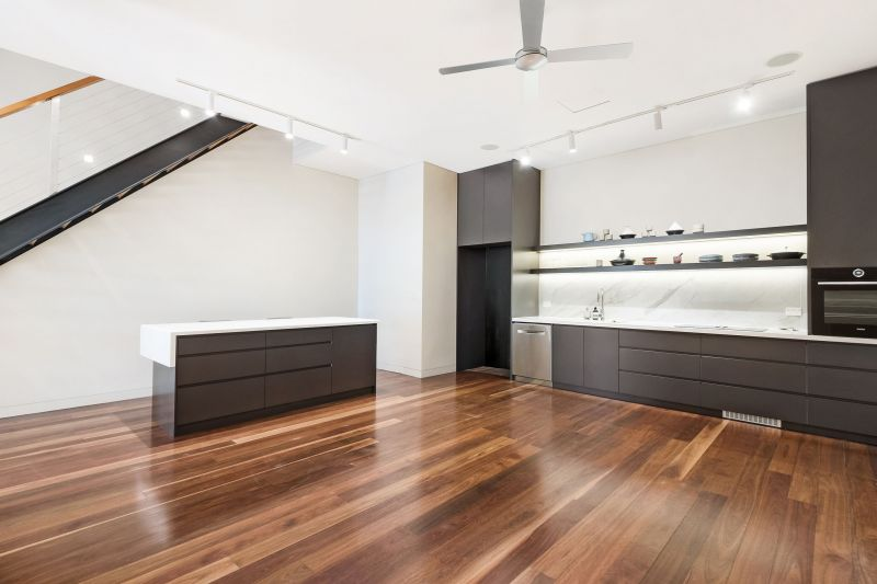 Immaculatly Presented Rose Bay Residence