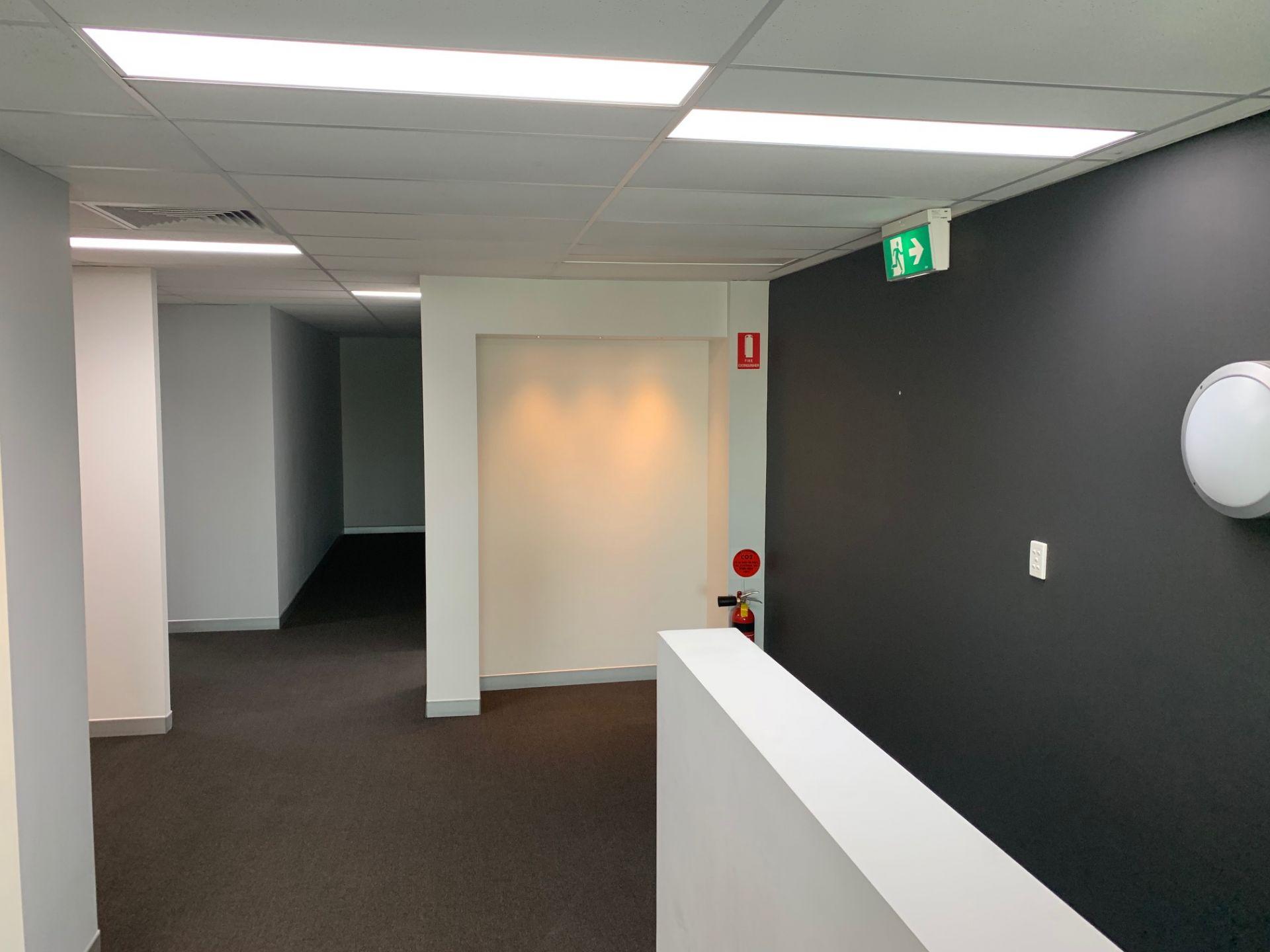 IMPRESSIVE OFFICE UNIT