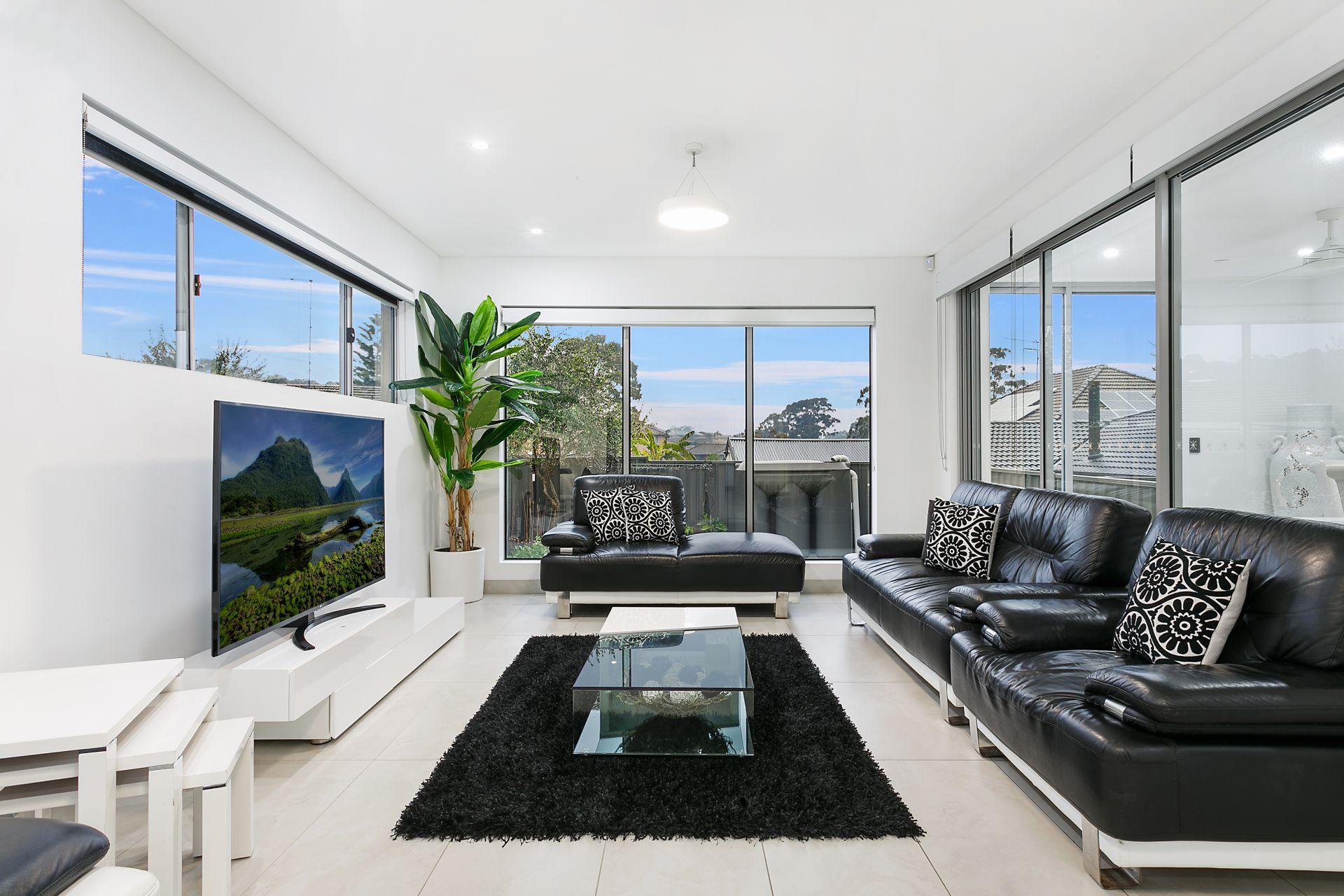 55 Flinders Road, Georges Hall NSW 2198