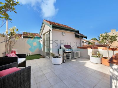 GENEROUS SPLIT LEVEL APARTMENT WITH PRIVATE ROOFTOP TERRACE OPEN FOR INSPECTION: SAT 23 MAY - 11:30 TO 11:45AM