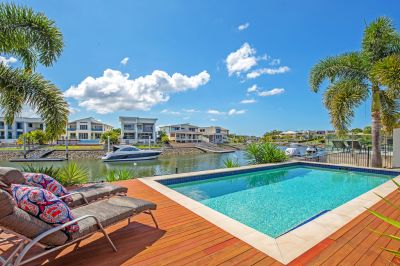 The Ultimate in Waterfront Living In The Prestigious River Links